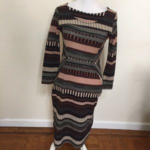 Black Bead Sz Large Maroon Black Dress Geometric